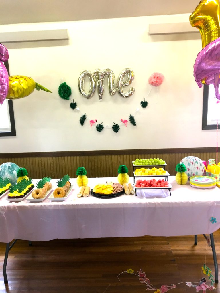 Tablescape for tropical birthday party.