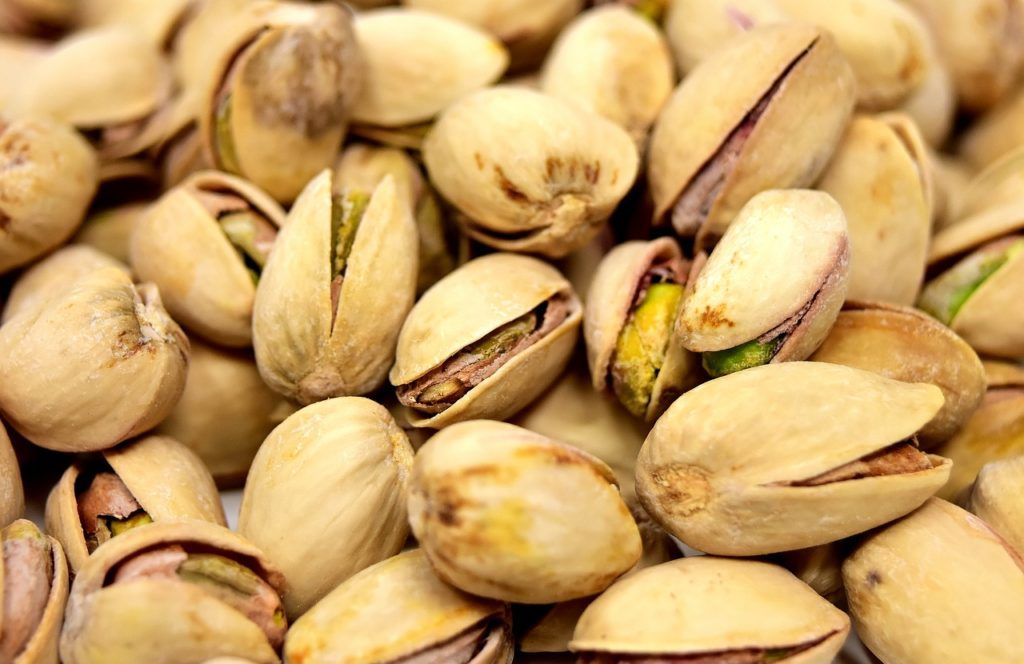 Pile of healthy pistachio snacks.